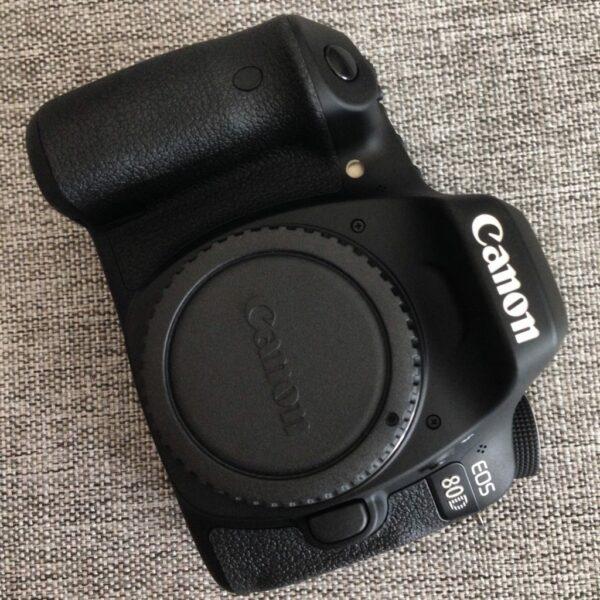 Canon 8d0